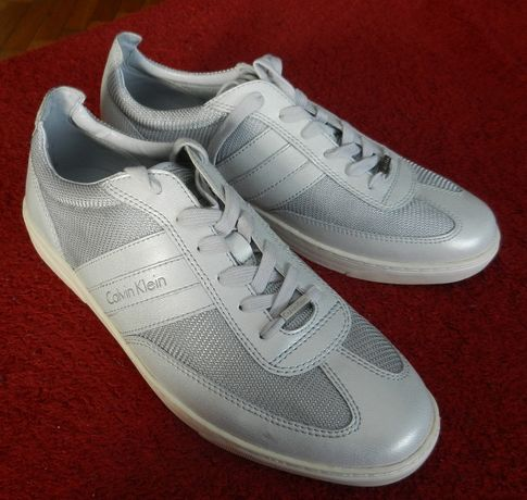 Calvin Klein szarosrebrne nowe buty