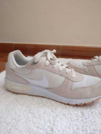 Ténis/Sapatilhas Nike Beges Nº40