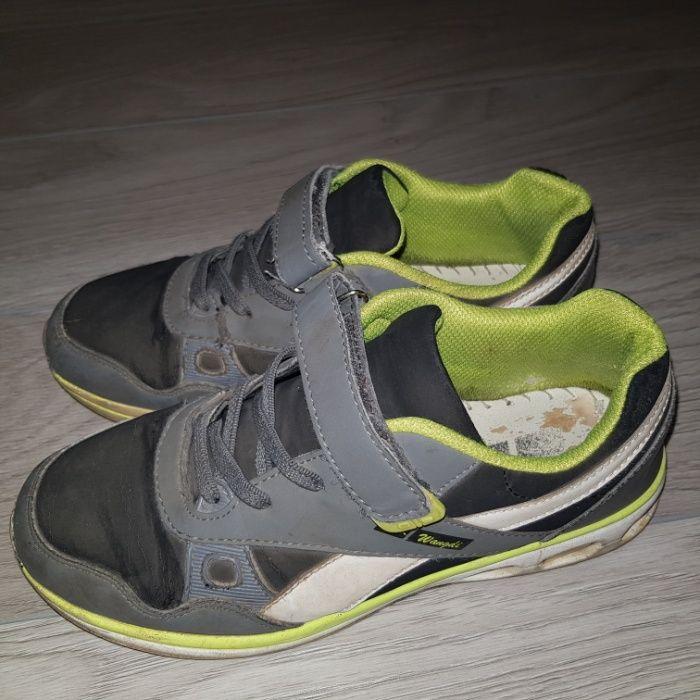 Продам кроссовки на мальчика. Кривой Рог - изображение 1