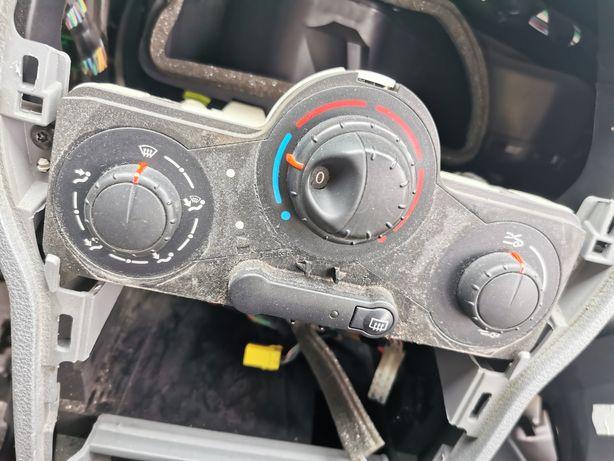 Panel nawiewu pokrętła ogrzewania Renault modus 04-08r
