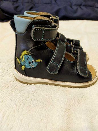 Ортопедичне взуття , ортопедическая обувь 24 розмір