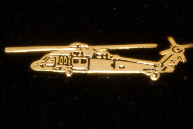 Black Hawk, helikopter, śmigłowiec wpinka, pins, znaczek v2