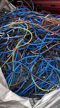 Kable miedziane Skup kabli miedzianych, wiązki samochodowe, kable mix