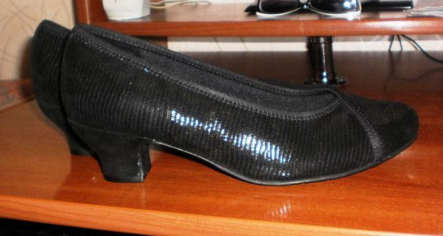 Стильные кожаные туфли с напылением Hotter оригинал