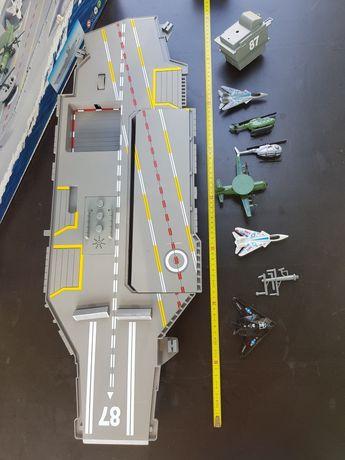 Porta Aviões Grande 76cm c/ 6 aviões e caixa tudo em muito bom estado