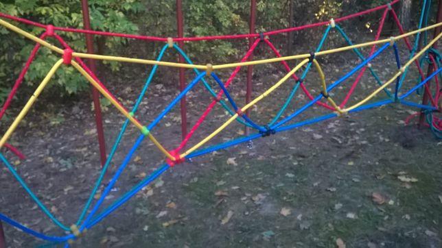 plac zabaw most linowy konstrukcja linowa wspinaczkowa drabinka 16 mm
