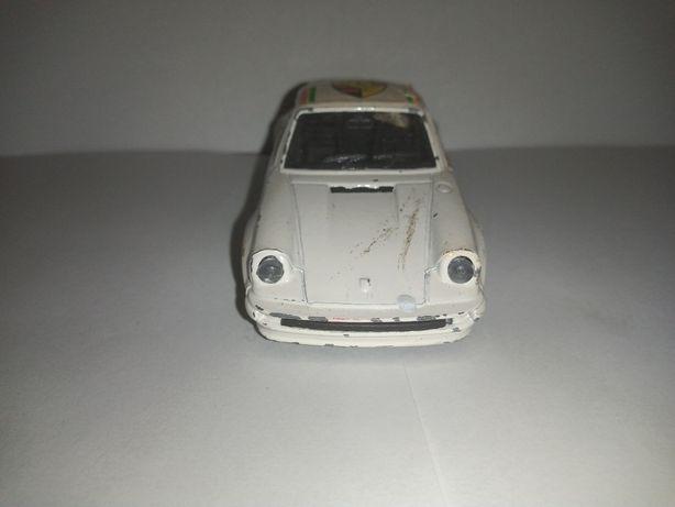 Hot wheels porsche 911 turbo 1/43 lata 80te
