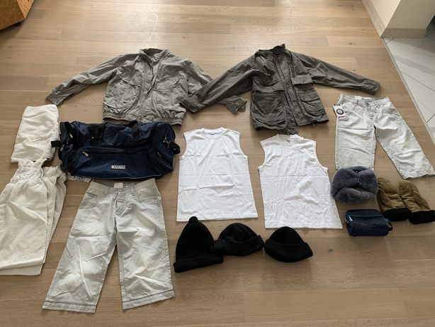 Комплект мужской одежды - курточки, шорты, футболки, шапки, сумка