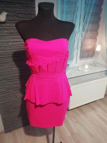 Sukienka LIPSY LONDON baskinka z falbanka falbanami różowa jak LOU