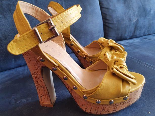 Piękne Sandałki na korku Bless fashion rozm.36 żółte jak nowe