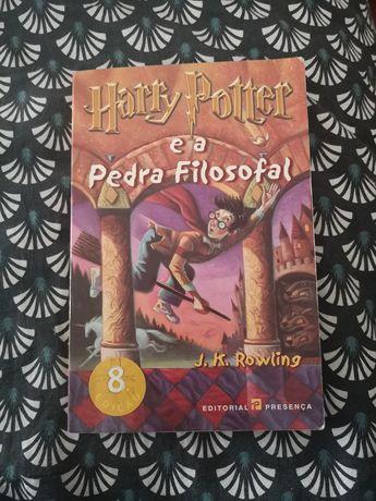 Vendo livro Harry potter