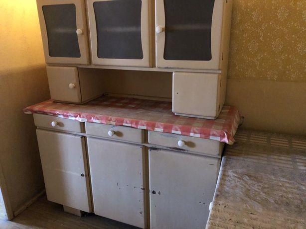 Regał kuchenny z PRLu