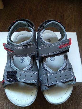 Босоножки сандали кожа стелька 17.5 см