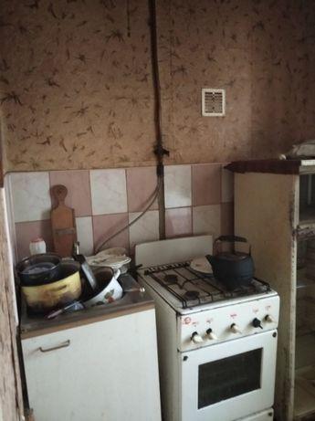 2к Озерна вул(Левандівка). квартира без ремонту на 1/2