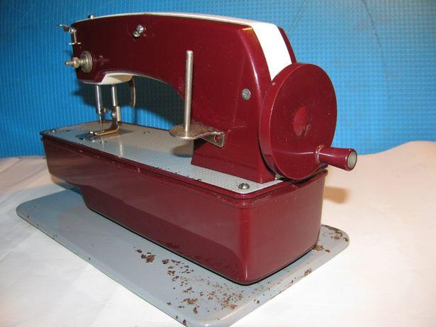 Детская швейная машинка игрушка СССР