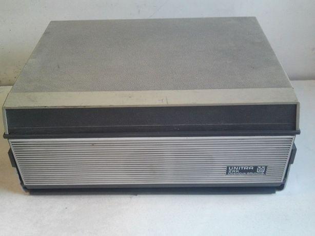 Magnetofon szpulowy UNITRA ZK 120 T na części