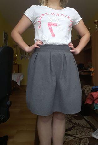 Siwa spódnica :)