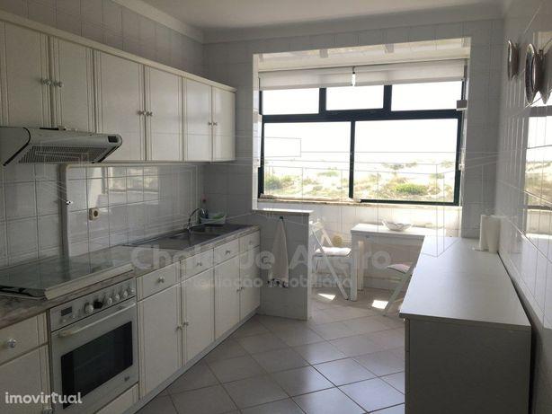 Apartamento T3 Duplex mobilado - PRAIA DA BARRA