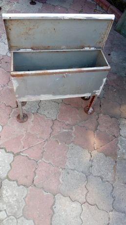 Ящик-сундук металлический для хранения