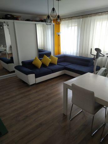 Sprzedam mieszkanie po remoncie z klimatyzacją