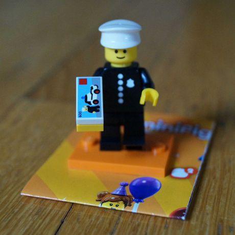 Lego Минифигурка 71021-8 Полицейский