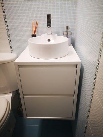 Armário de WC + lavatorio