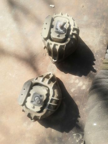 Подушка двигателя BMW X1 139811 E81 E84  E87 E90