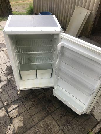 Холодильник б/у из Германии (высота  85 см)