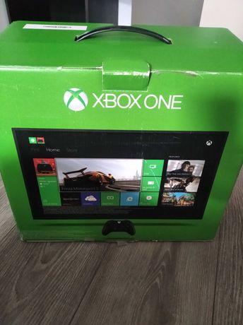 Xbox one +pad+ zestaw gier