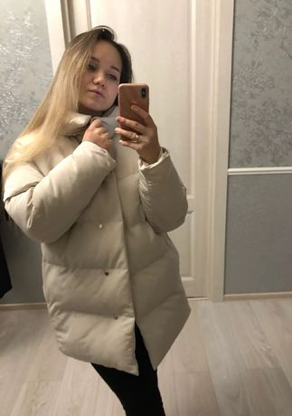 В наличии новая куртка
