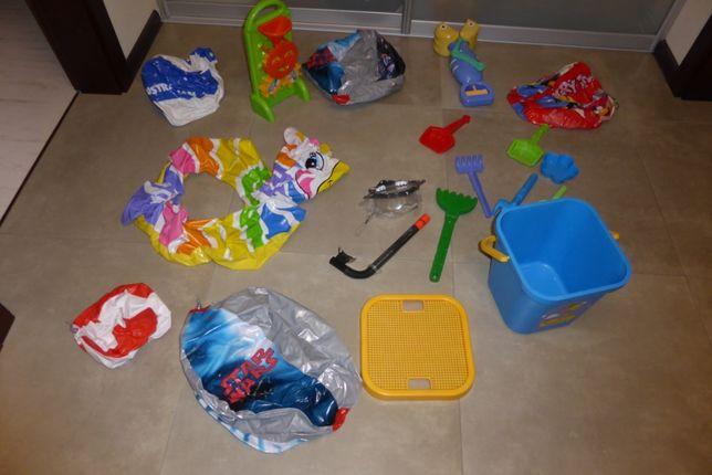 Zabawki do piasku (wiaderko WADER, młyn, szczypawka, autko) - zestaw