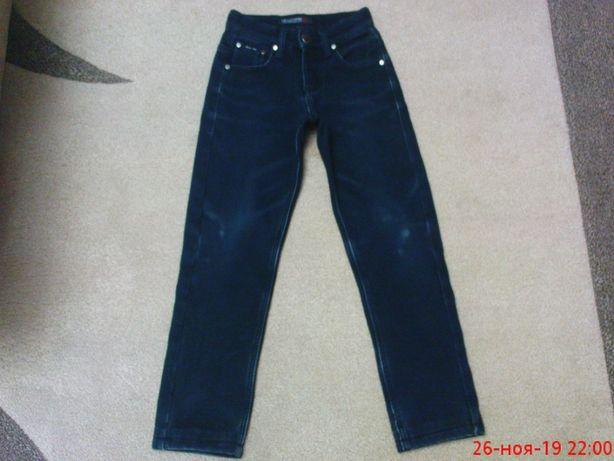 Продам качественные теплые джинсы на флисе для мальчика