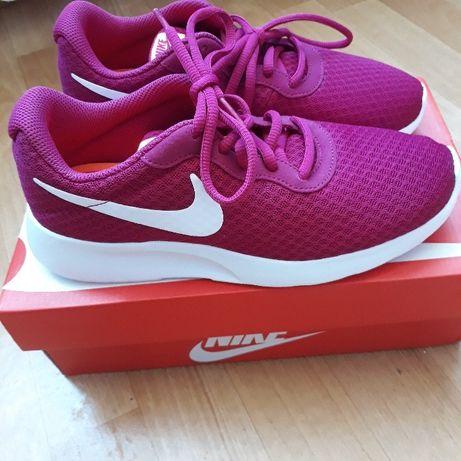 Nike Tanjun damskie