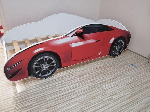 Łóżko samochodzik