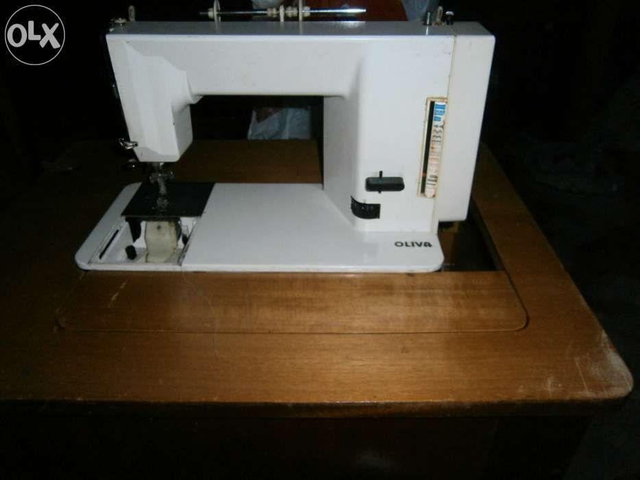 Máquina de costura Pombal - imagem 1