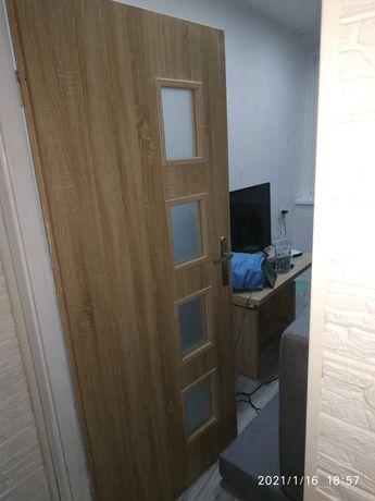 Sprzedam   Drzwi do pokoju