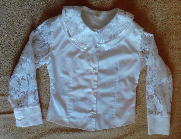 Блузка белая для девочки (р. 128)