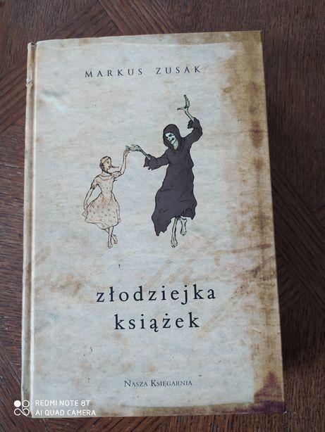 Markus Zusak złodziejka książek