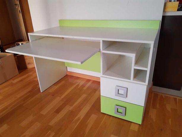 Biurko dziecięce, do pokoju dziecięcego