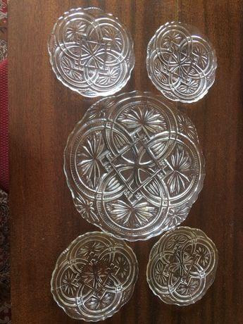 Talerzyki szklane z Huty Szkła Gospodarczego Ząbkowice