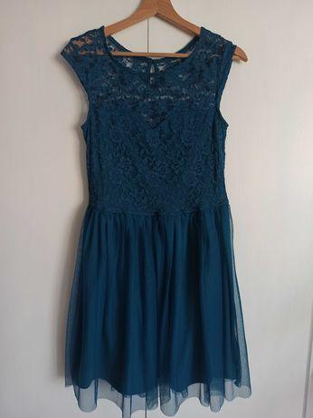 Sukienka w kolorze morskim z koronkową górą i tiulowym dołem r. M