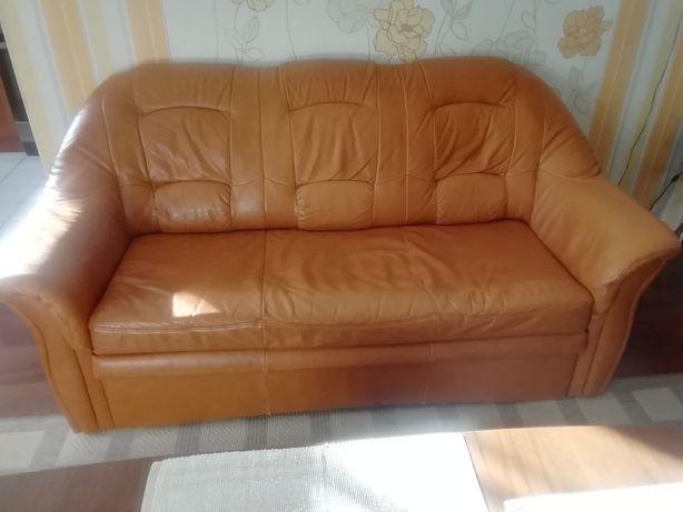 Sofa z skóry z możliwością spania