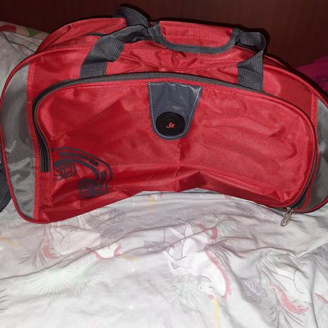Дорожная сумка средняя по размерам