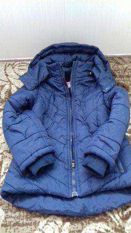 Демісезонна курточка на дівчинку