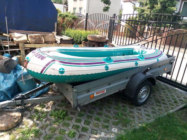 Ponton z wioslami, łódka