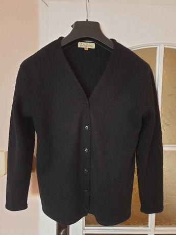 Sweterek welna czarny klasyk