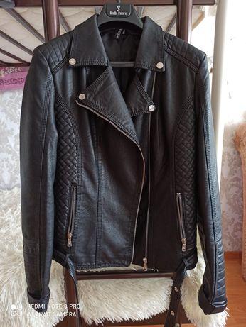 Черная куртка-косуха
