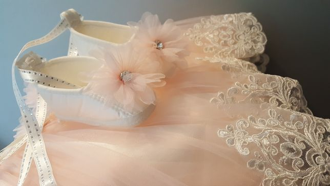 Sukienka księżniczki na sesję na roczek