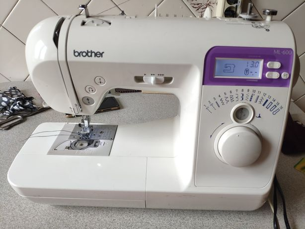 Продам швейную машинку brother ml-600