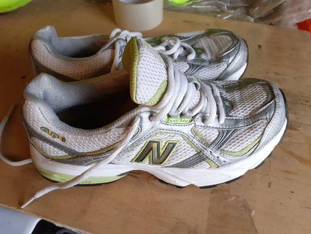 New Balance 661 rozm 38 z USA do biegania